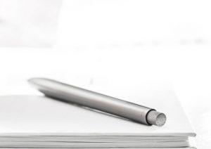 space-gray-sens-pen-on-notepad-510x360